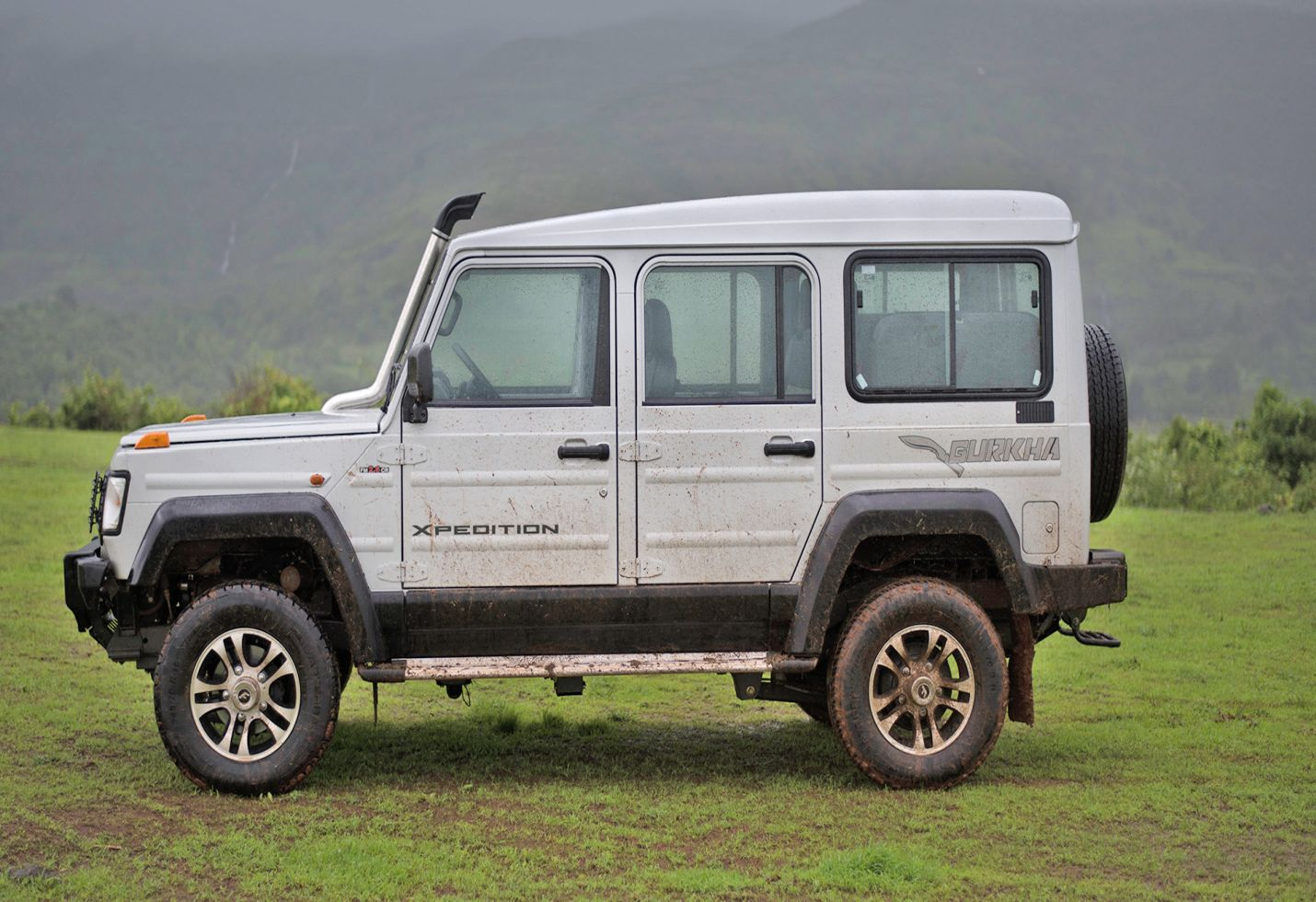 Force Motors launch Gurkha 2017 at 8.38 lacs