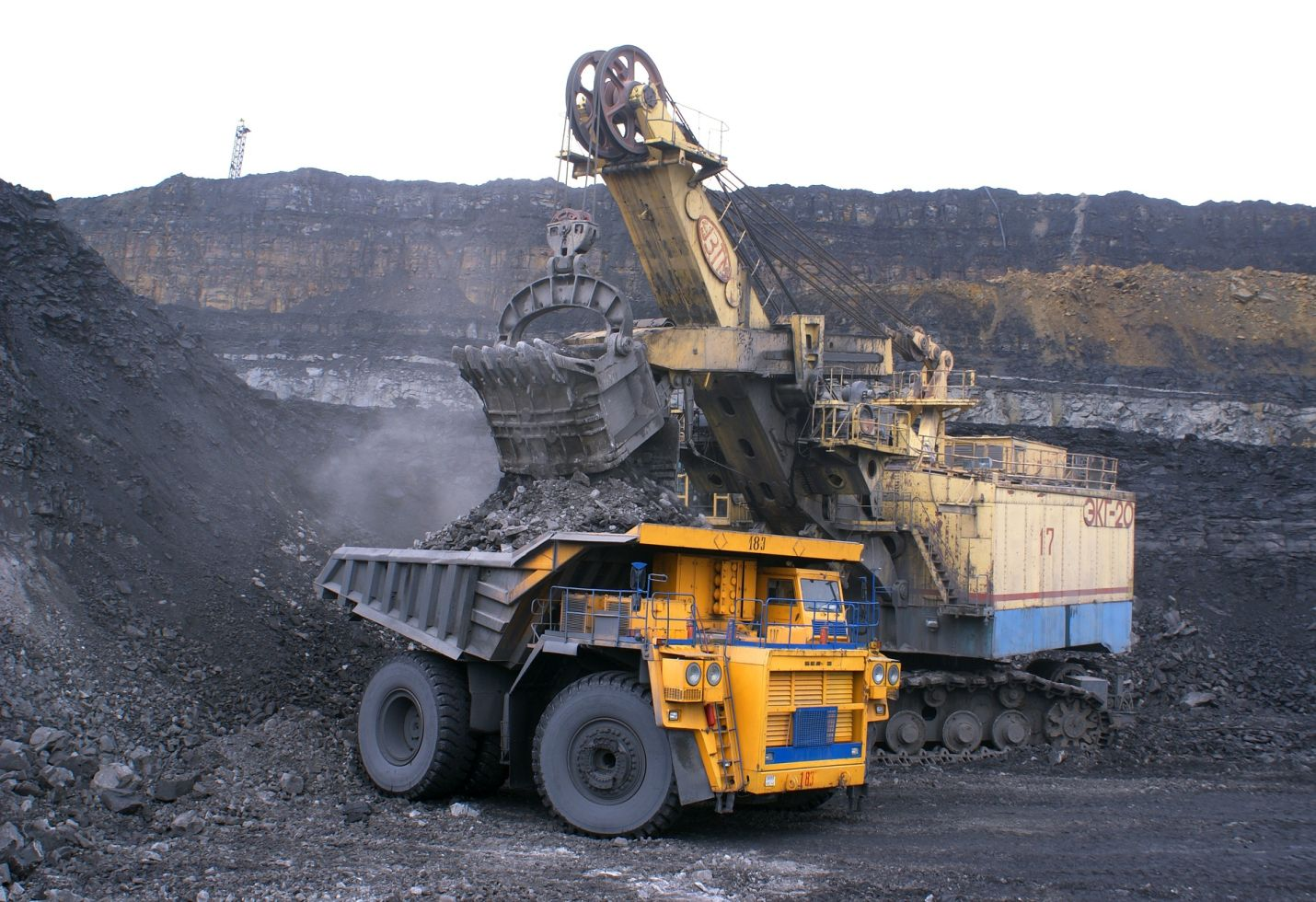 Government allows sale of 25% coal from captive mines in open market